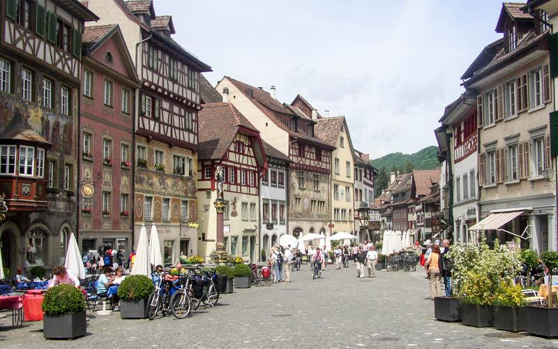 The 6 Most Beautiful Honeymoon Destinations in Swiss